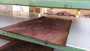 crotch-mahogany-nuoc-lam-mem-veneer-veneer-softener-pacificmaterial_11