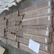 van-lang-walnut-oc-cho-van-soc-quater-cut-0,5m-1.2m-pacificmaterials_1